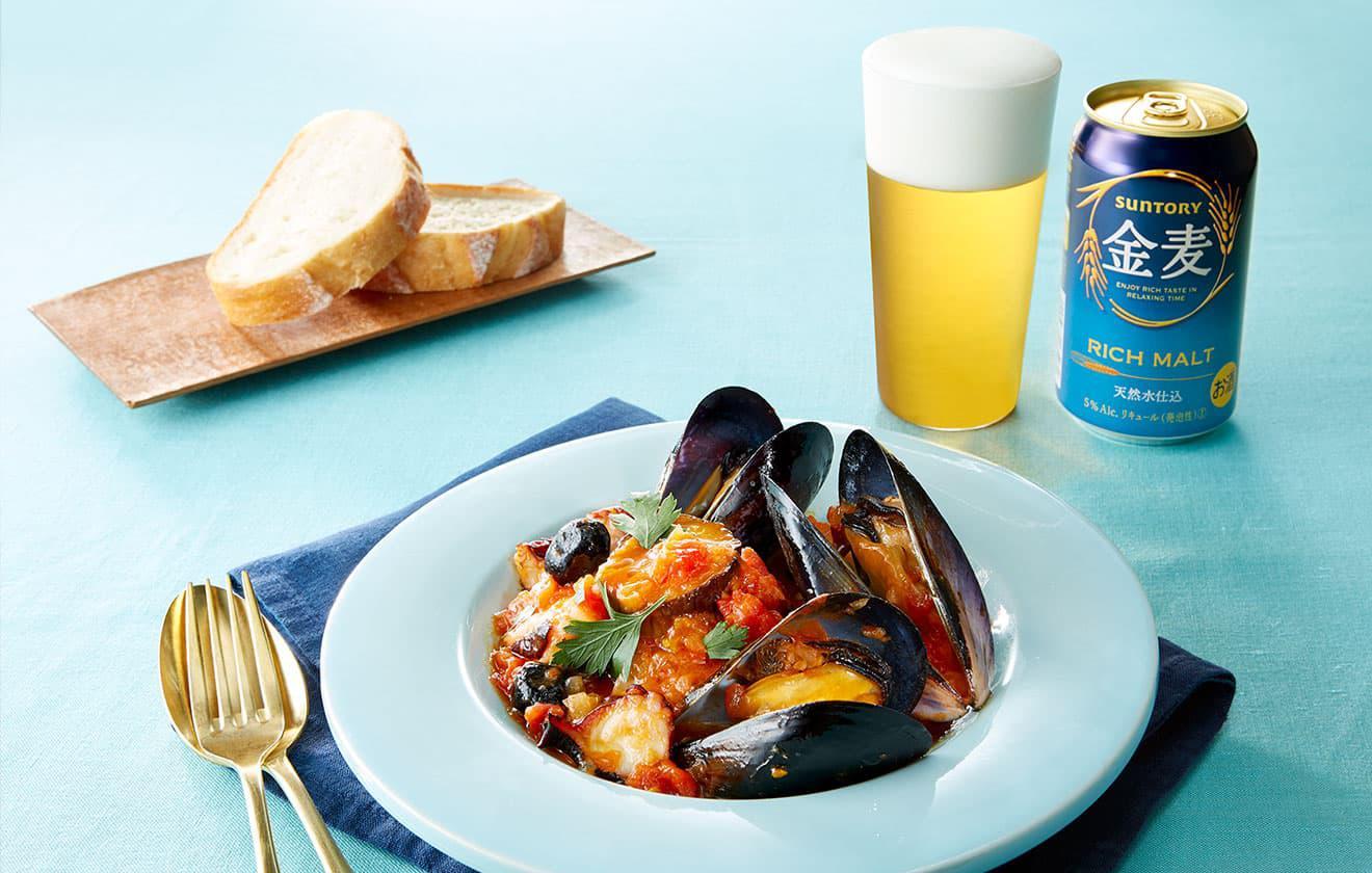 ムール貝と蛸 、茄子のトマト煮込みの写真