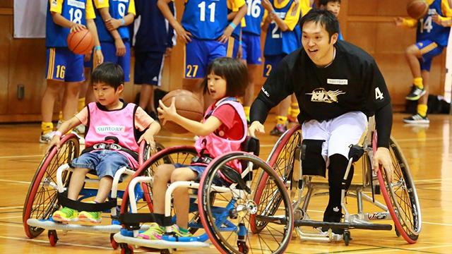 仙台市で、宮城MAXによる「サントリー車椅子バスケ体験教室」開催
