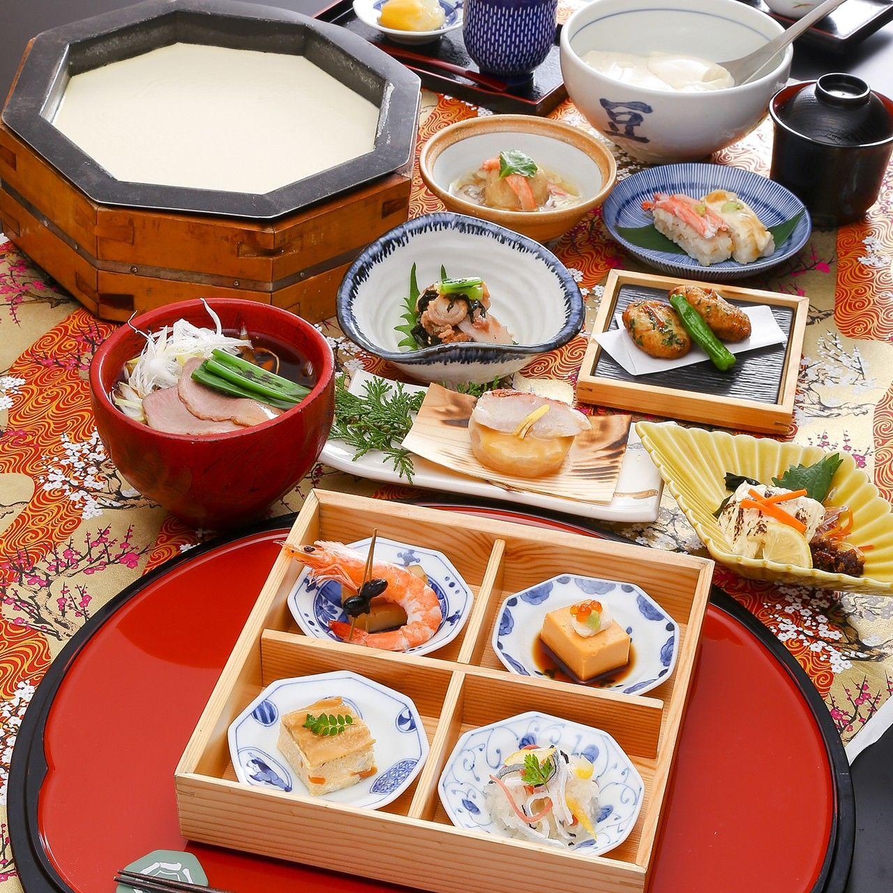 豆富料理と吟醸蒸し 八かく庵 大阪マルビル店のイメージ写真