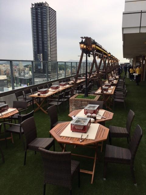 芝生BBQ ホテルグランヴィア 広島 22F ビアガーデンのイメージ写真