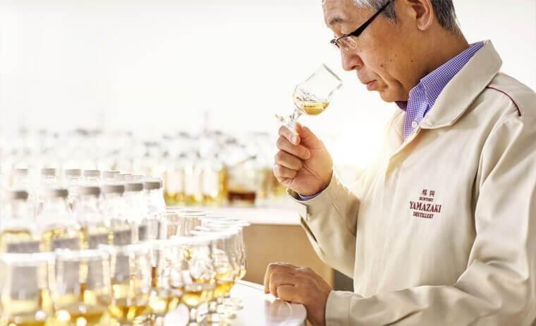 サントリーウイスキーの弛まぬ研鑽から生まれた革新的なシングルグレーンウイスキー誕生